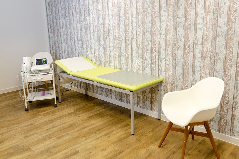 Frauenarzt in Achern, CTG, Praxis Dr. Weber